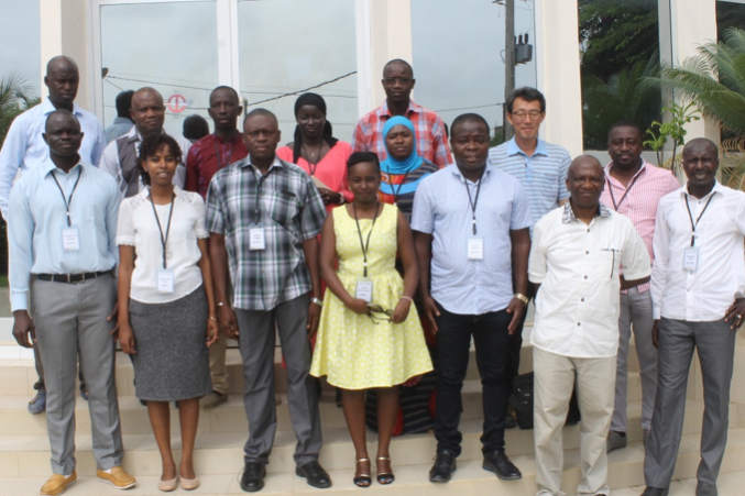 Group photo of participants at the Senegal workshop